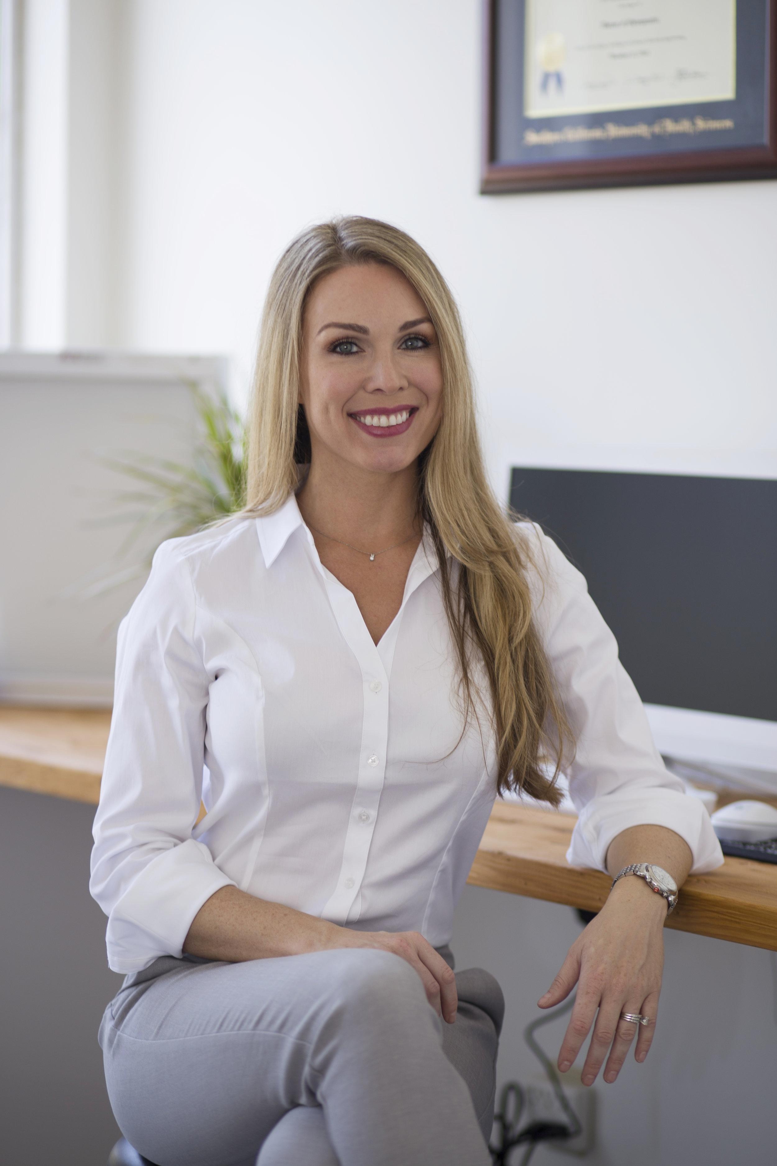 Dr. Tara Pierce, DC, LAc