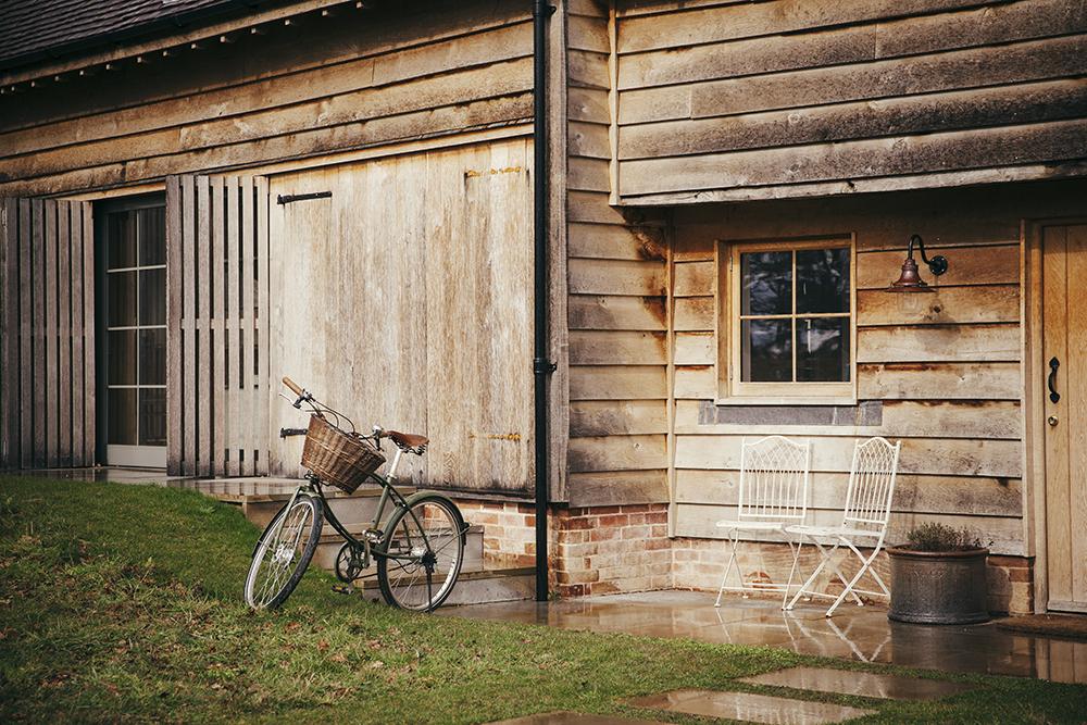 alidover_wilderness_barn_bike_web.jpg