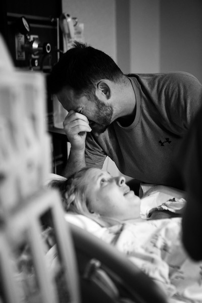 Moments before delivery. (Mitzi Aylor/Aylor Photography)
