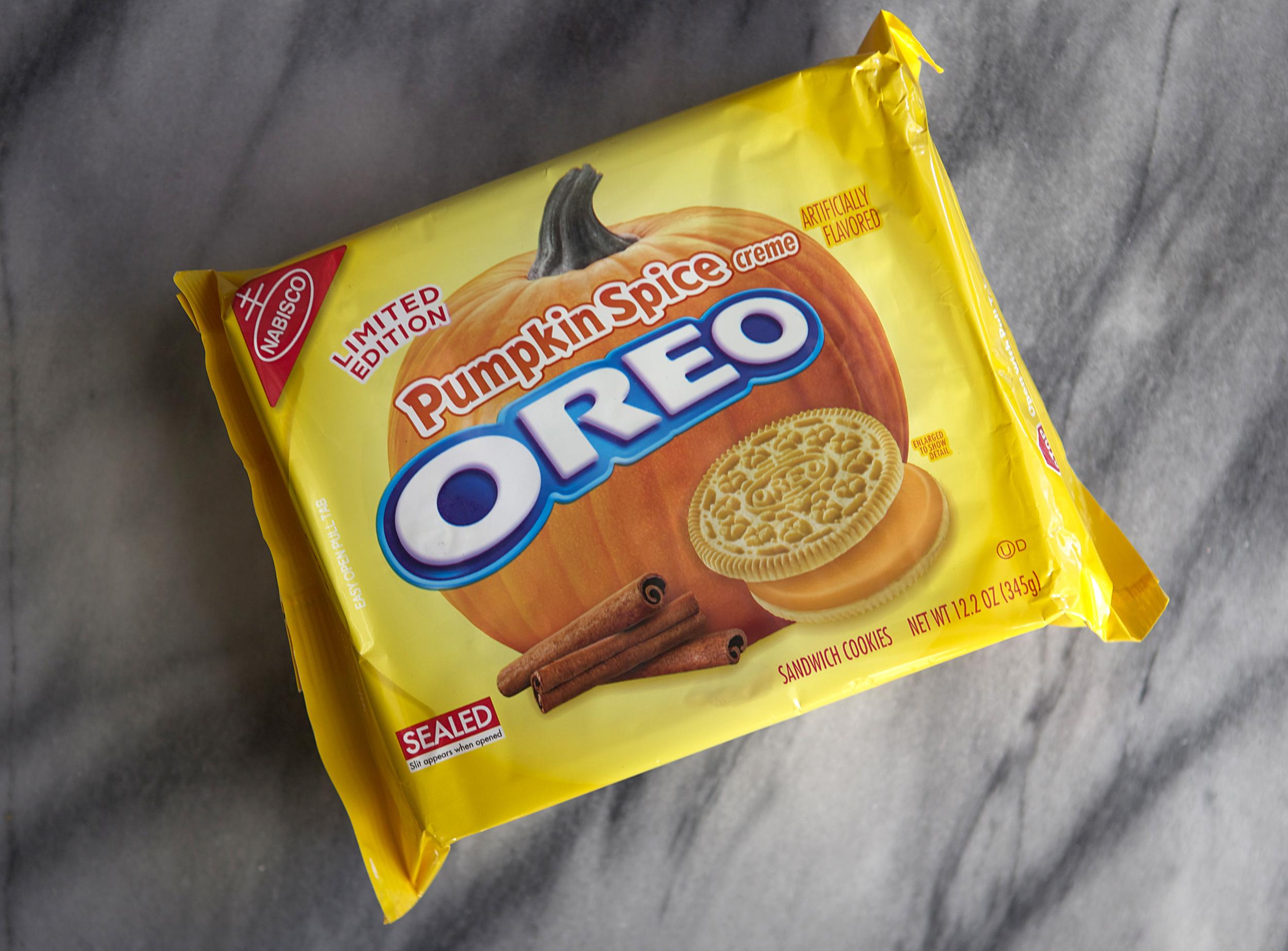 Pumpkin Spice Cookies & Cream Cookies // Glazed & Confused