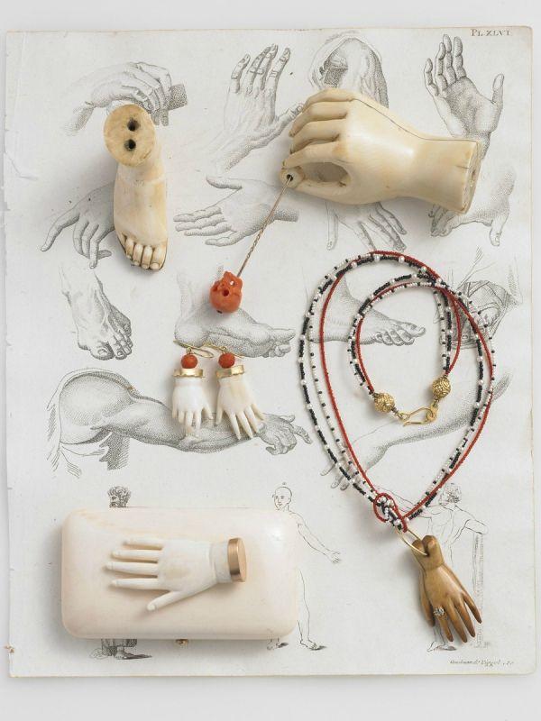 Photos d' Anita Calero  pour le livre  Jewelry  de  Federico de Vera