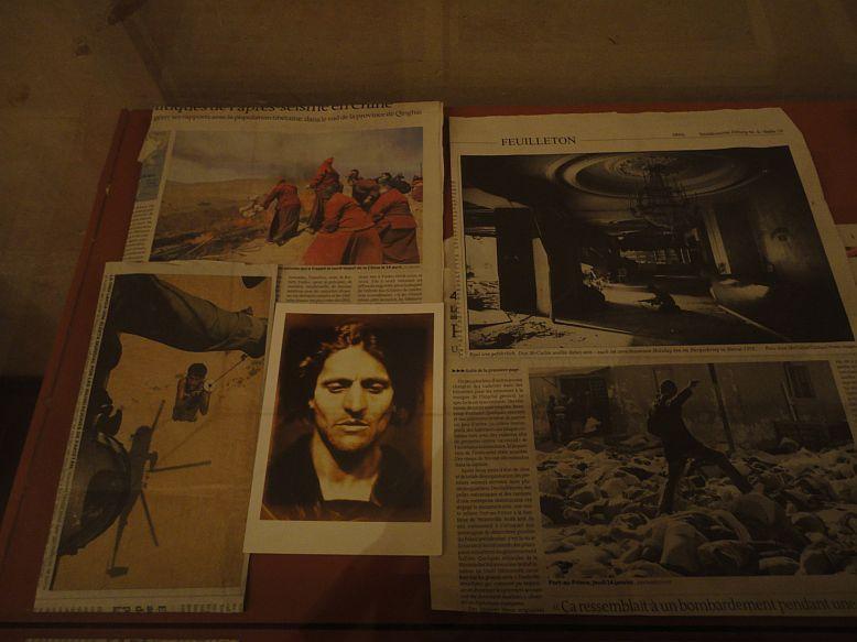 Photos prises à l'occasion de l'exposition  Les visages et les corps , au Louvre, dont Patrice Chéreau fut le commissaire, novembre 2010-janvier 2011