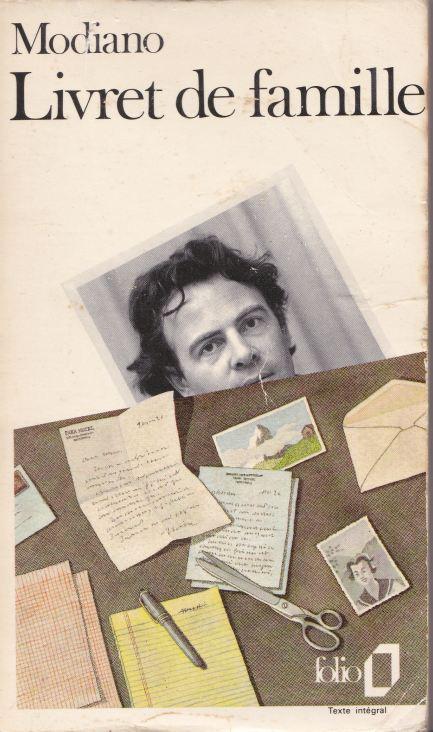 Couverture de l'édition de poche de  Livret de famille  par Pierre Le-Tan, 1977,