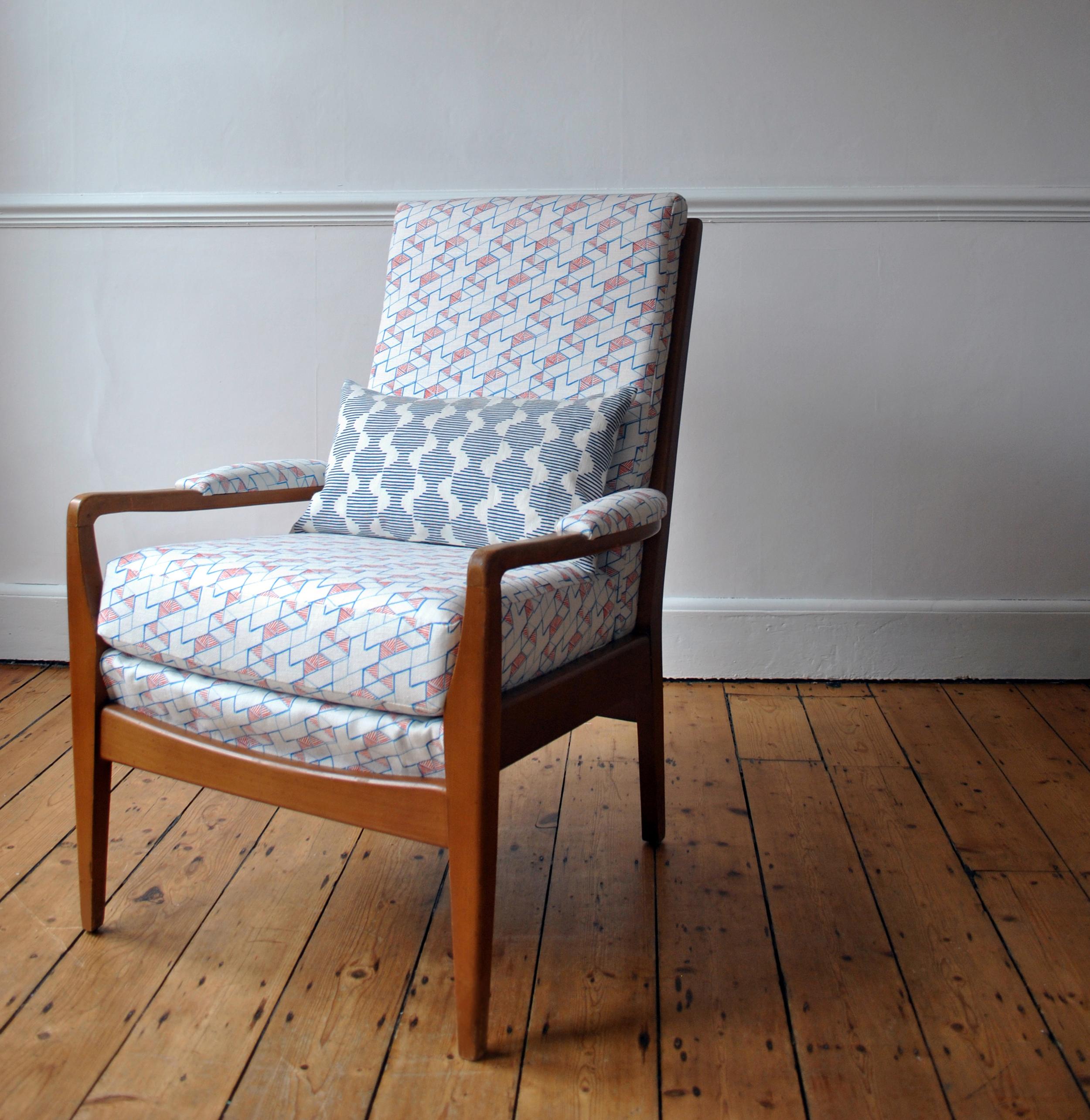 JB-chair_Hex_Crop.jpg