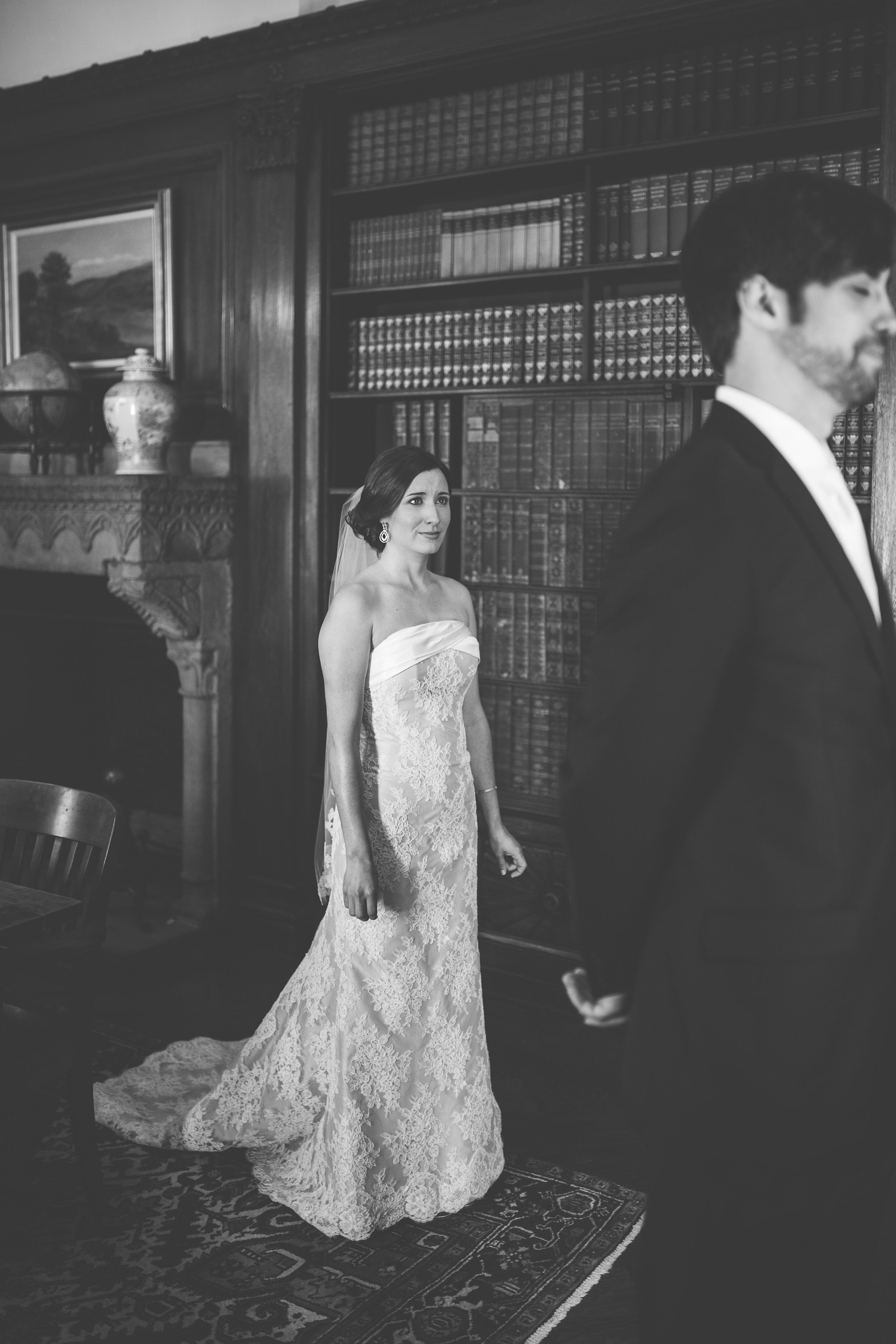 Cleveland, Ohio // lifestyle and documentary wedding photographer // Western Reserve Historical Society // Carrie Hall Photography