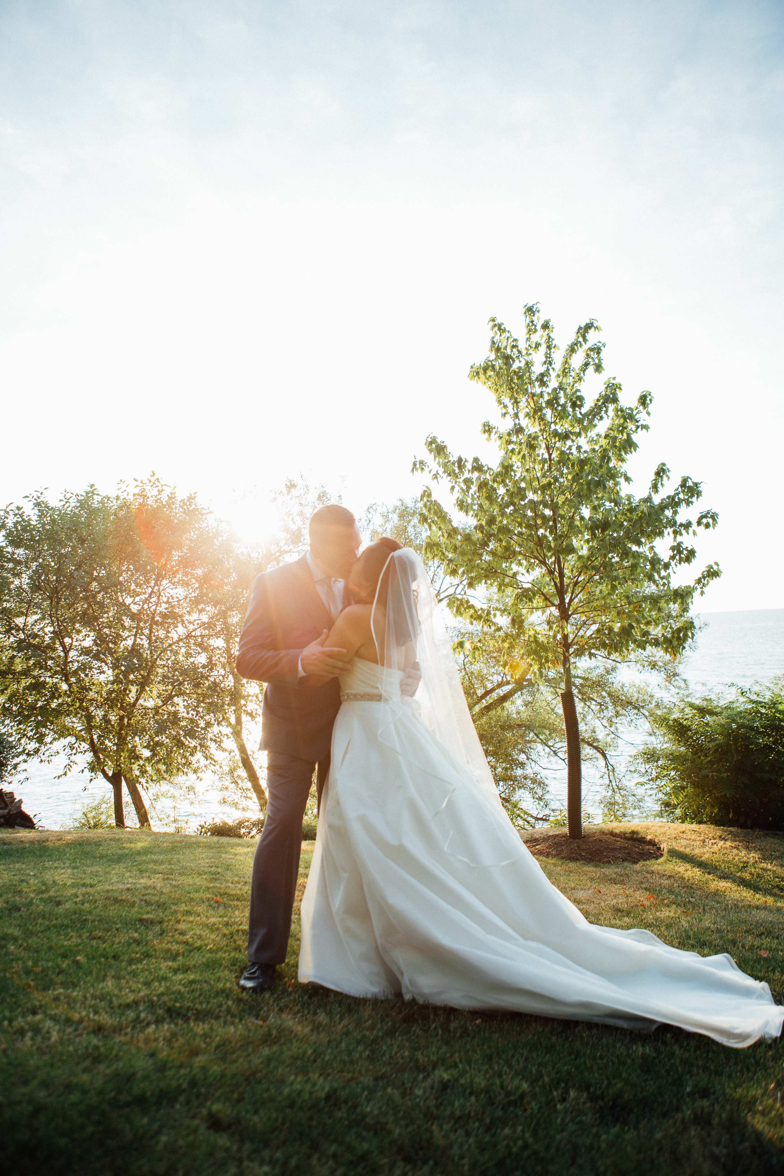 Cleveland, Ohio // lifestyle and documentary wedding photographer // Northeast Ohio // Carrie Hall Photography