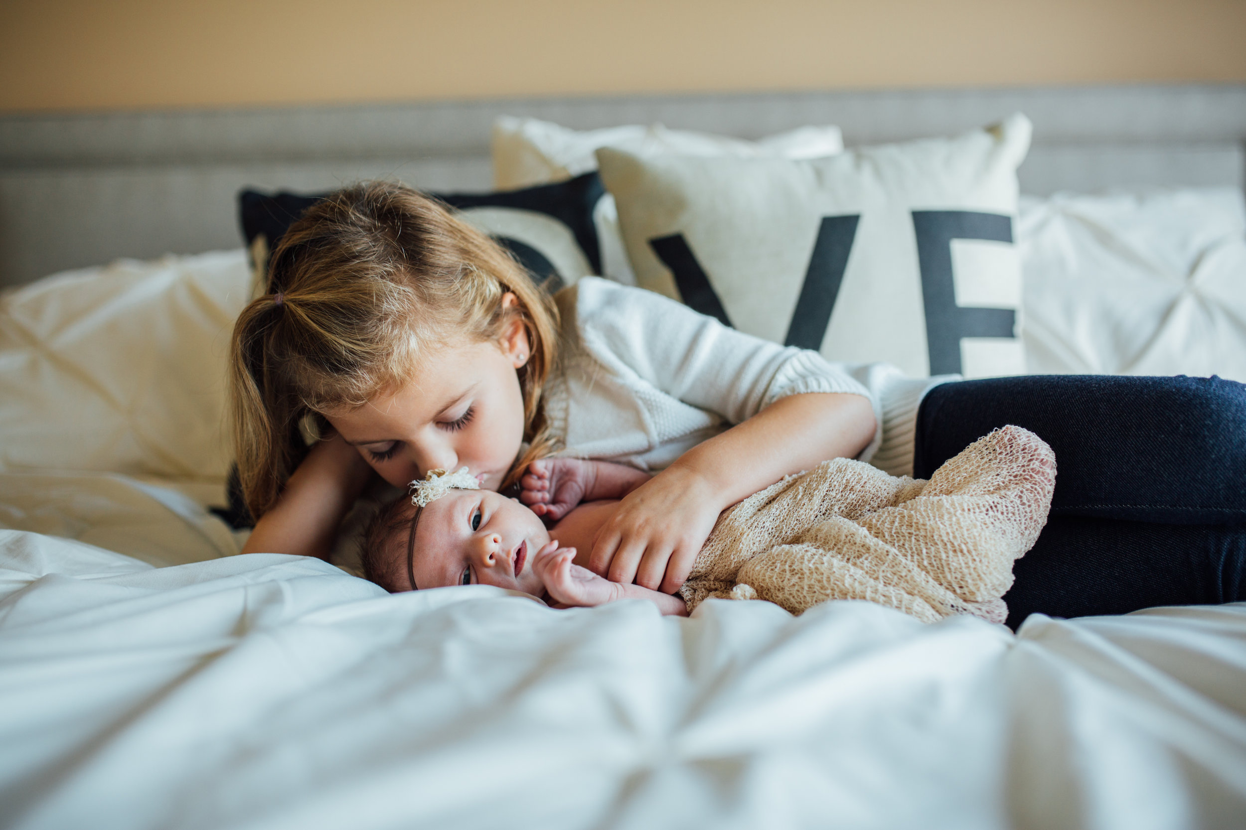 Carrie Hall Photography // Cleveland, Ohio // Lifestyle Newborn Photographer