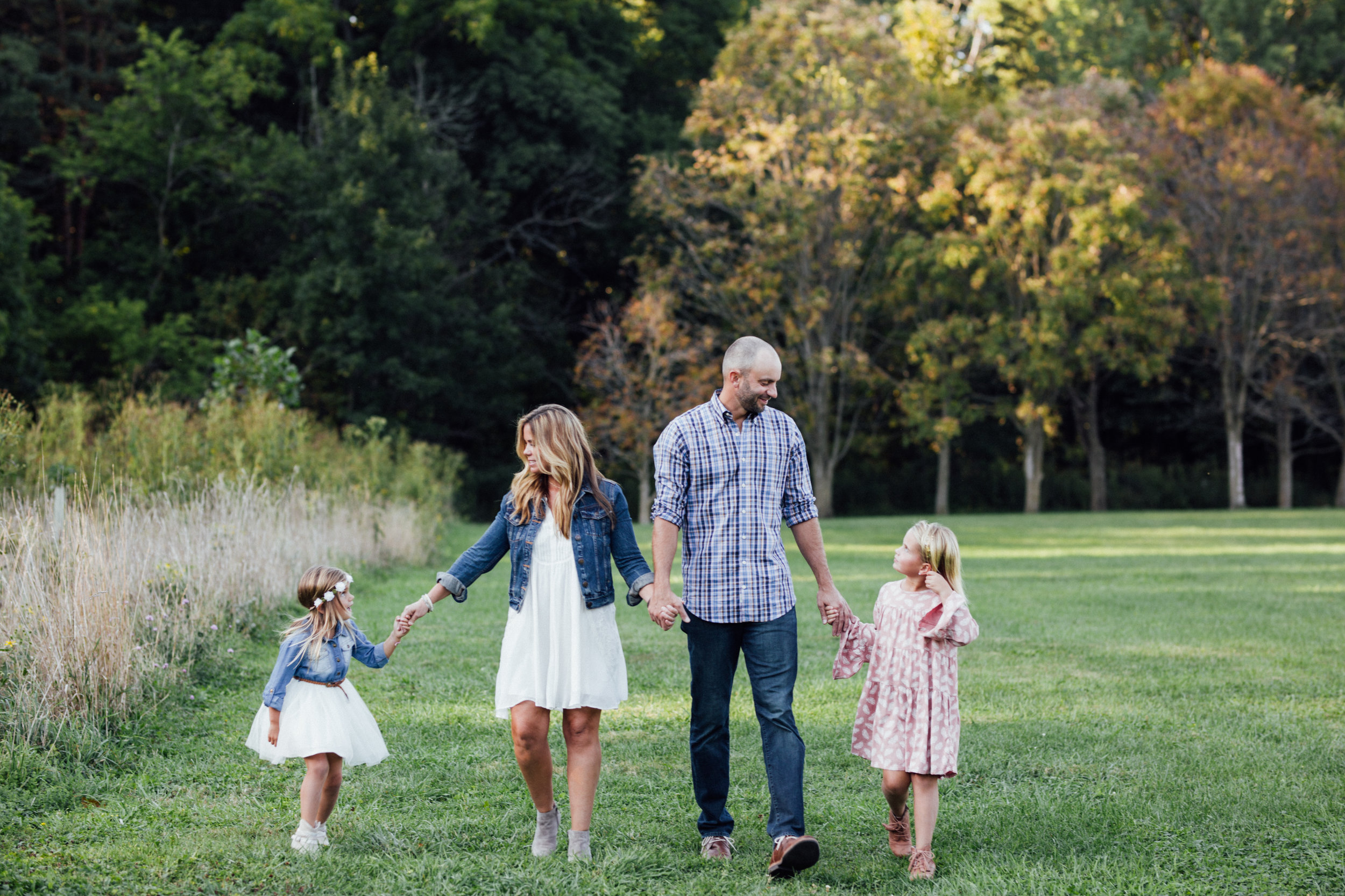 Northeast Ohio // Lifestyle Family Photographer // Cleveland, Ohio and surrounding areas // Carrie Hall Photography // Rocky River Metroparks // Tyler Field