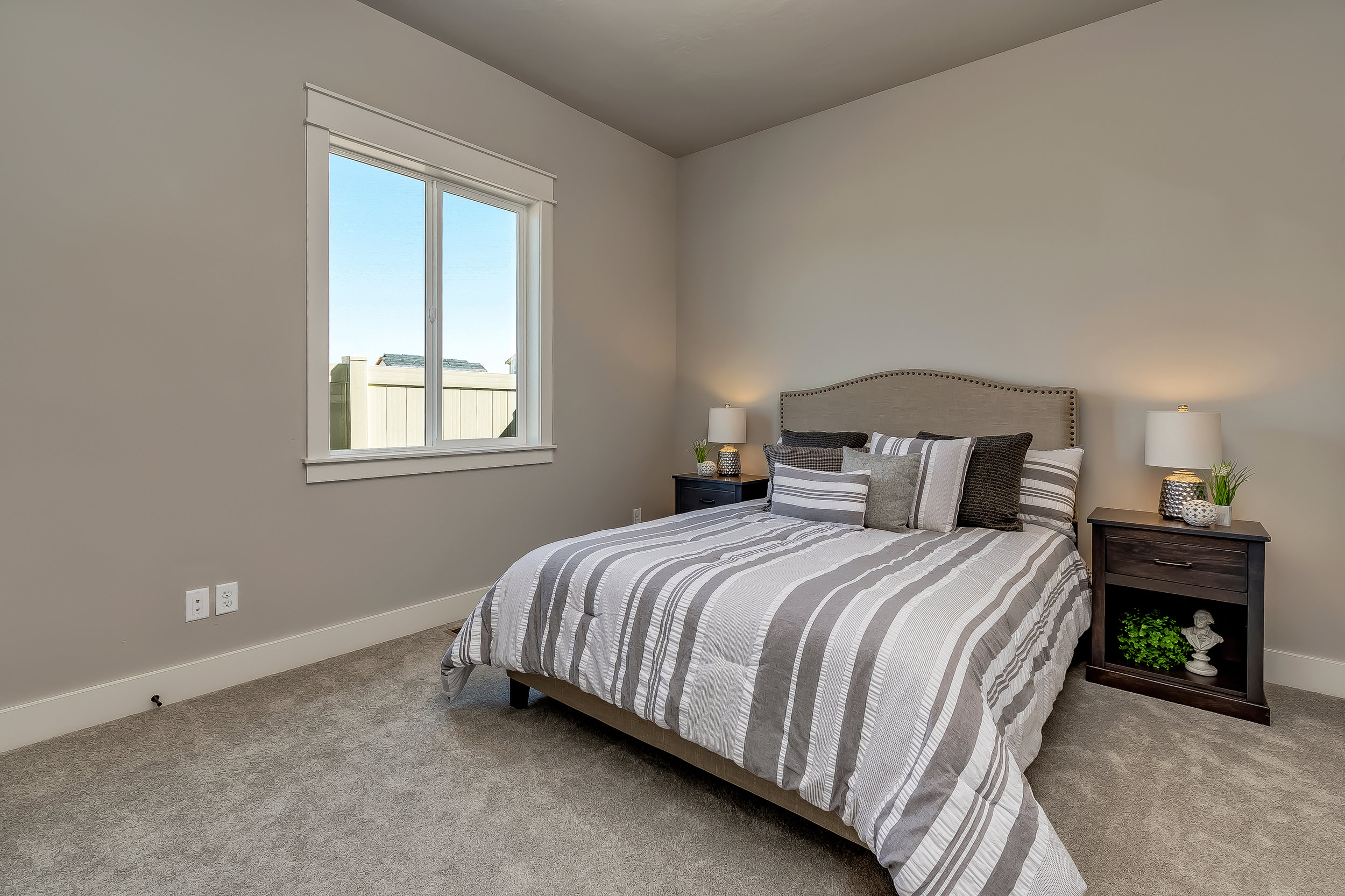 022_Bedroom .jpg