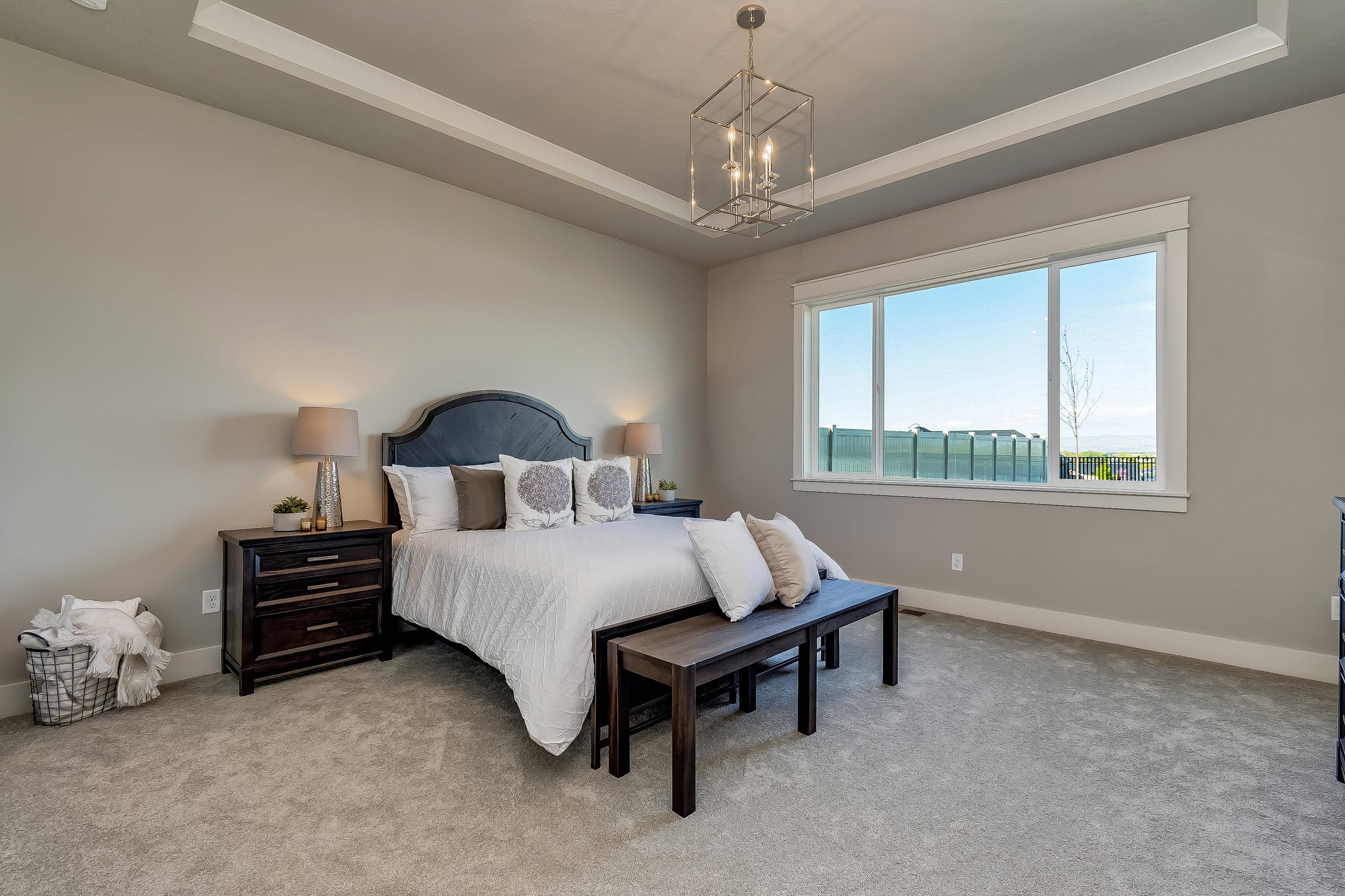 042_Master Bedroom .jpg
