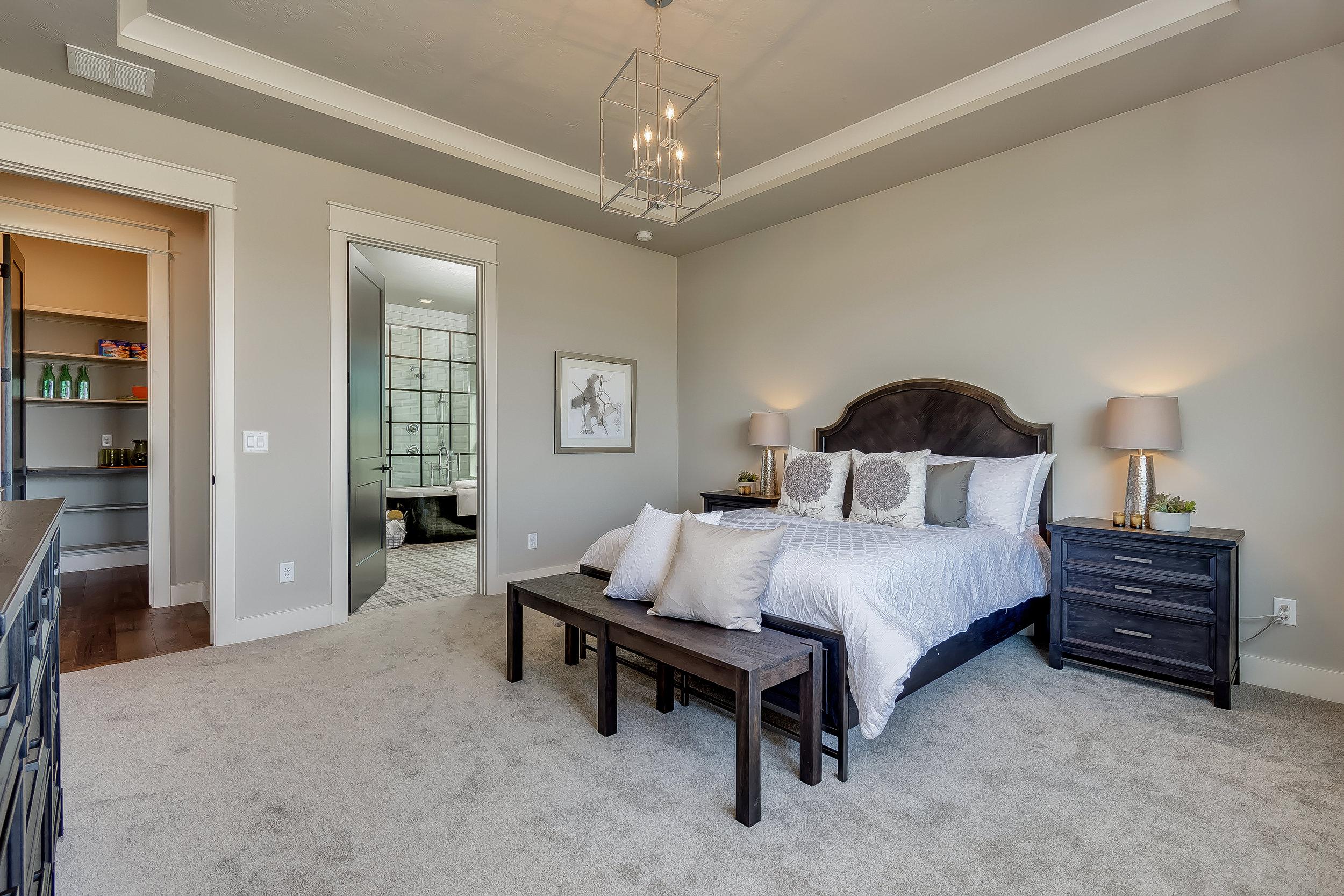 043_Master Bedroom .jpg