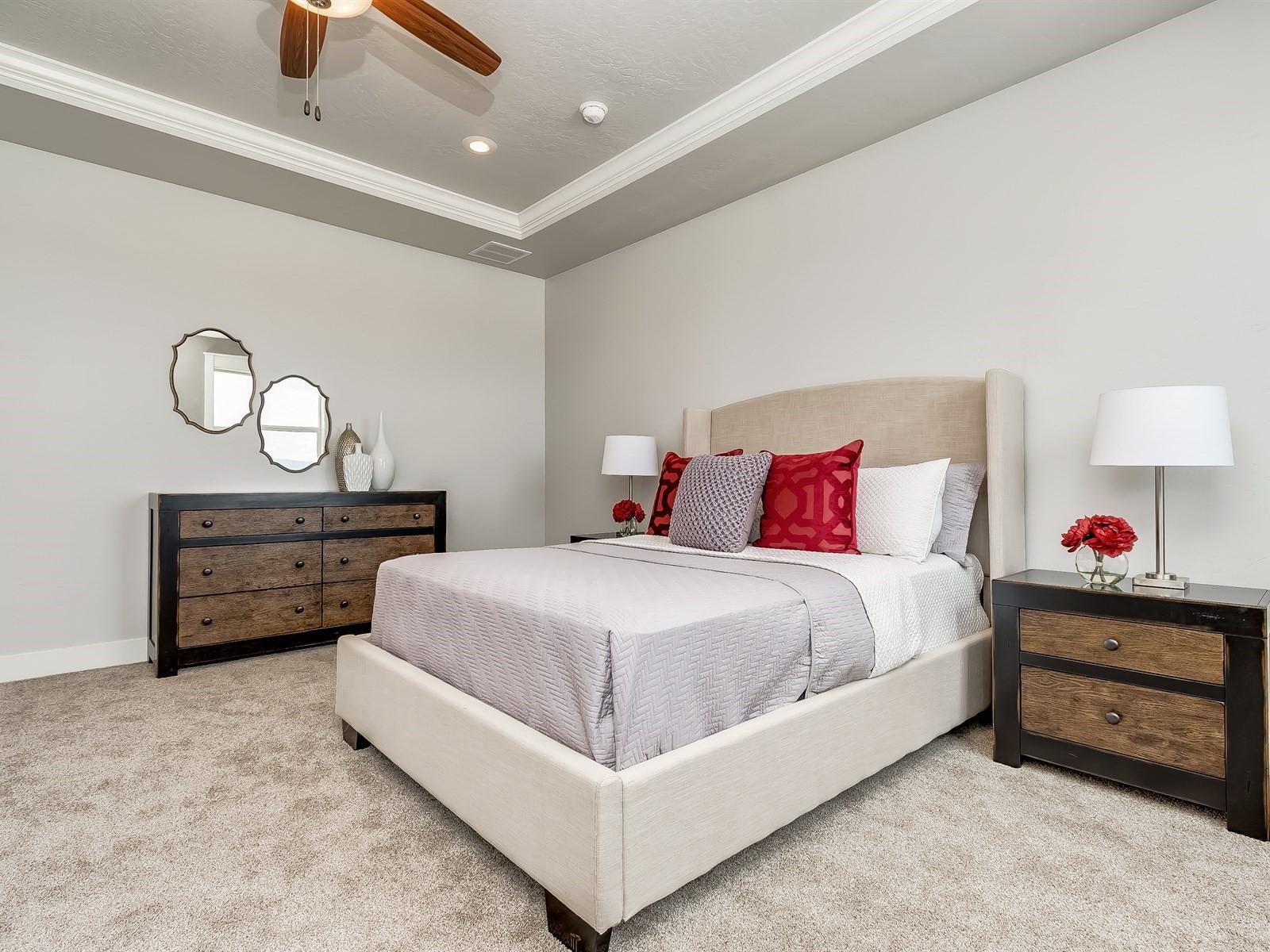 035_Master Bedroom .jpg