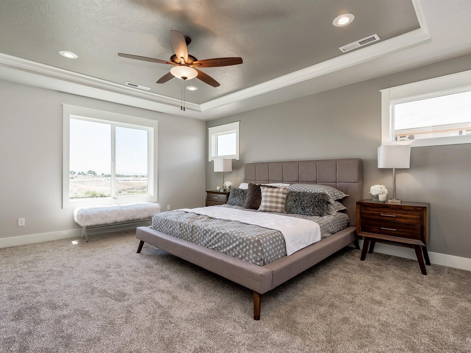 036_Master Bedroom .jpg