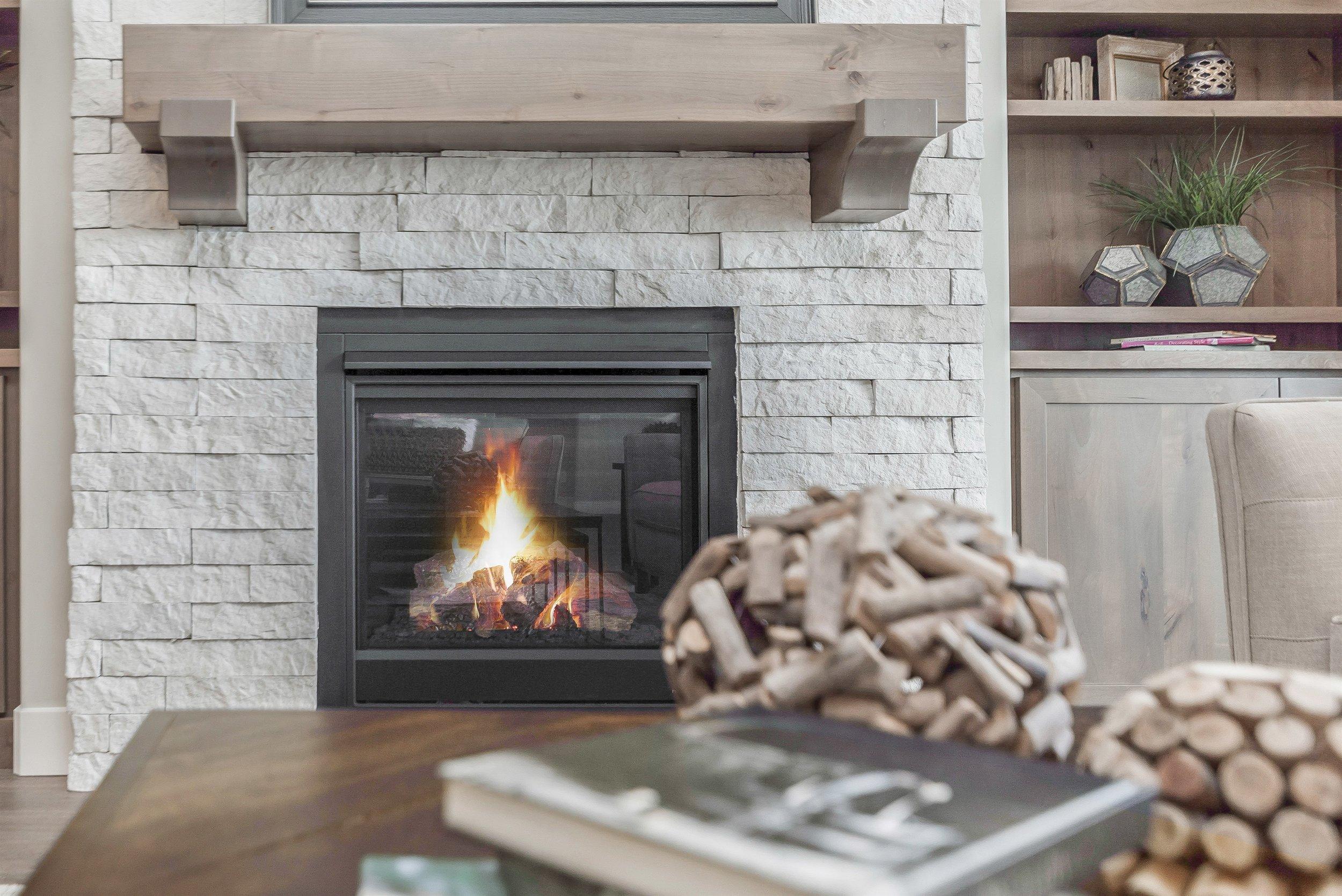 015_Fireplace.jpg