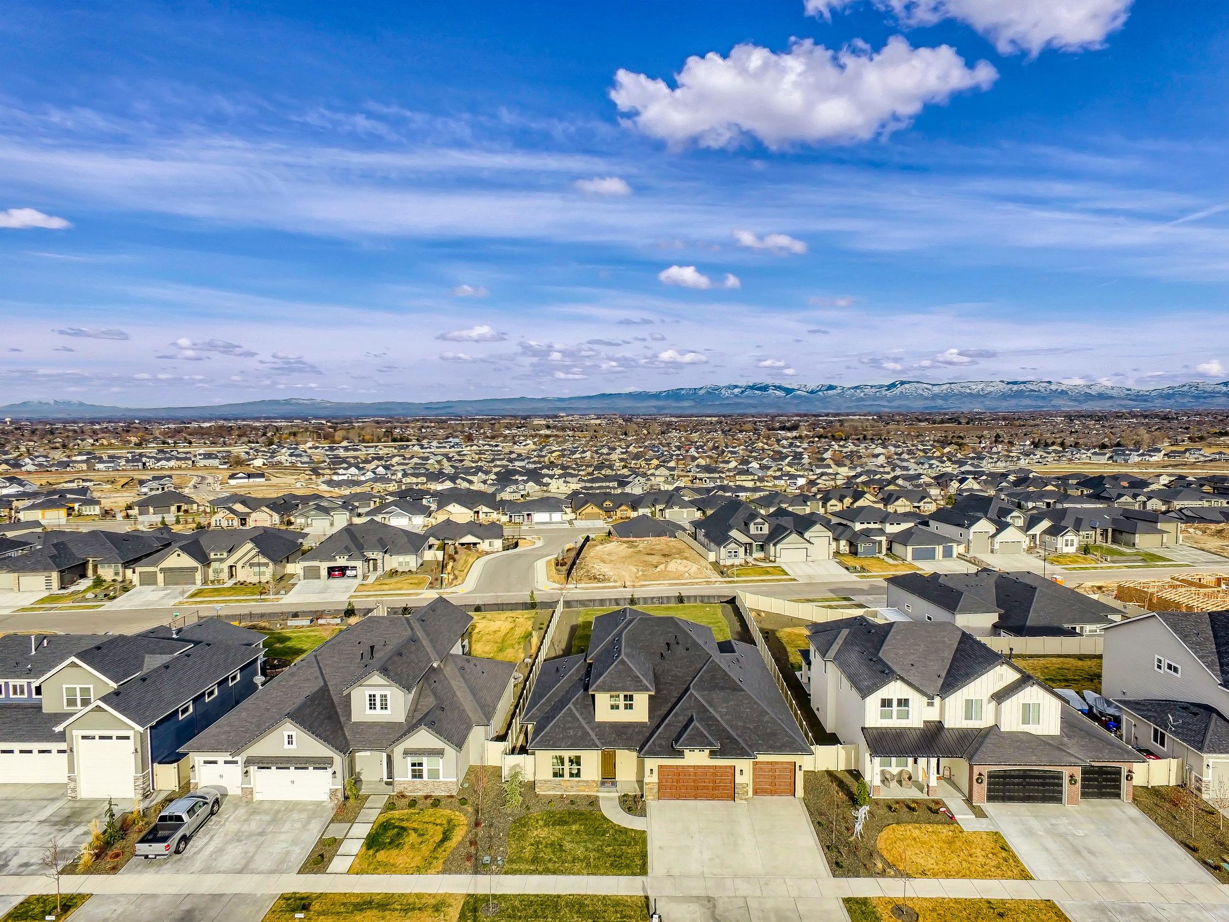 082_Aerial View.jpg