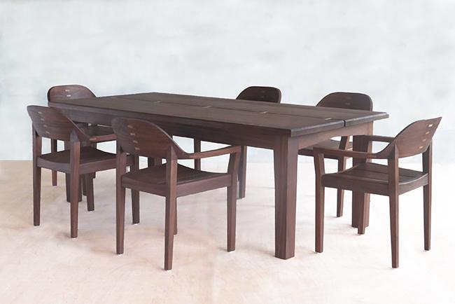 nanciton dining table 13 web.jpg