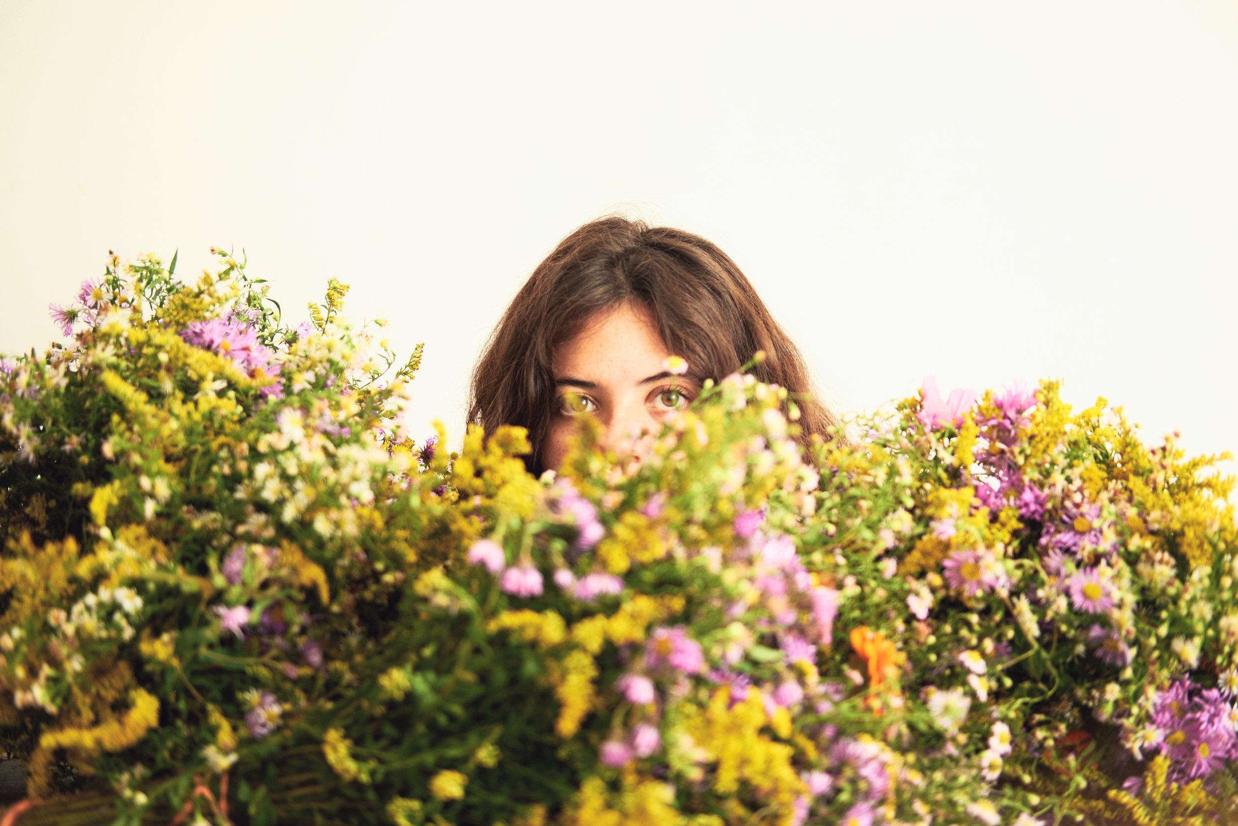 Sarilou flowers0519.jpg