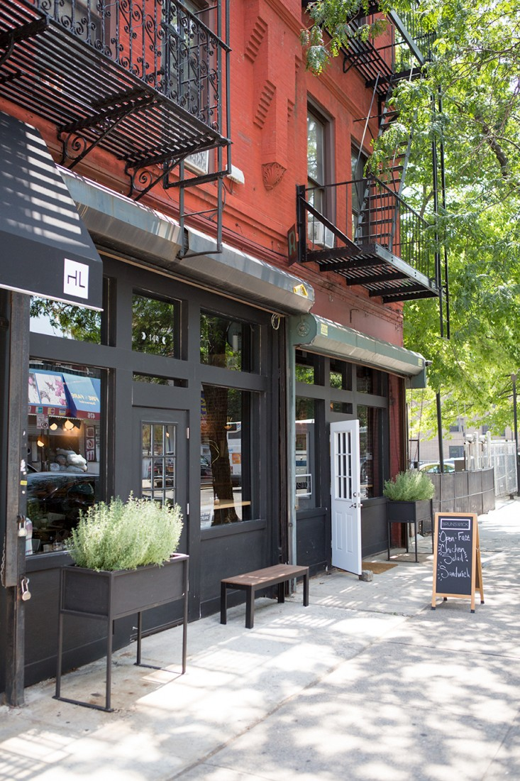 Brunswick-cafe-Bed-Stuy-Brooklyn7-Gardenista.jpg