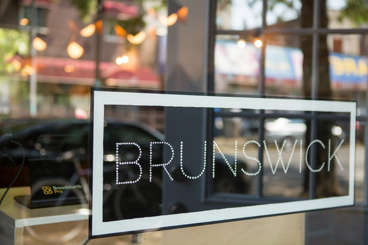 Brunswick-cafe-Bed-Stuy-Brooklyn2-Gardenista.jpg