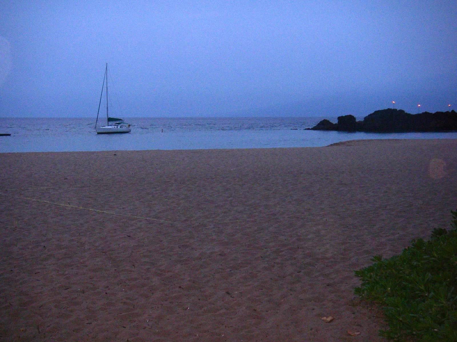 2008 Anchorage off Maui.jpg