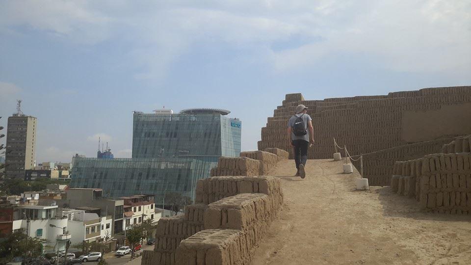 Climbing up an inner city pyramid. (Credit: Suzy McKinney)