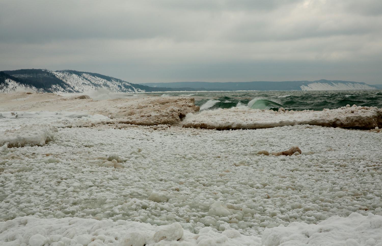 elberta iceshore.jpg