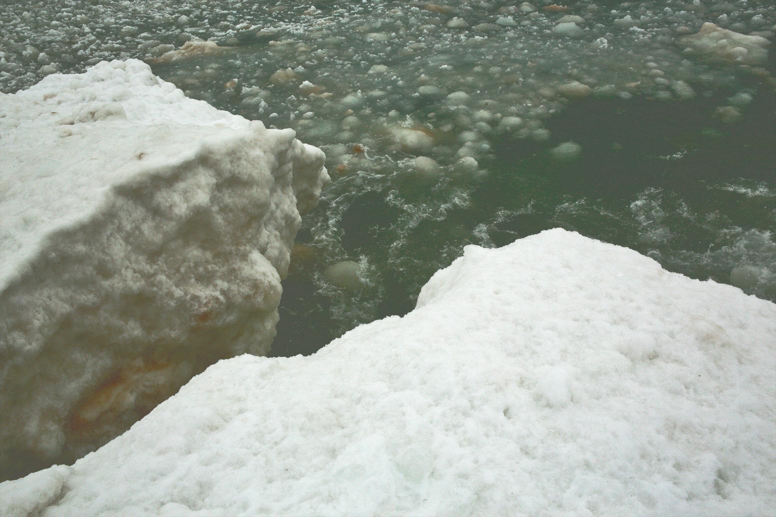 elberta pier ice#1.jpg