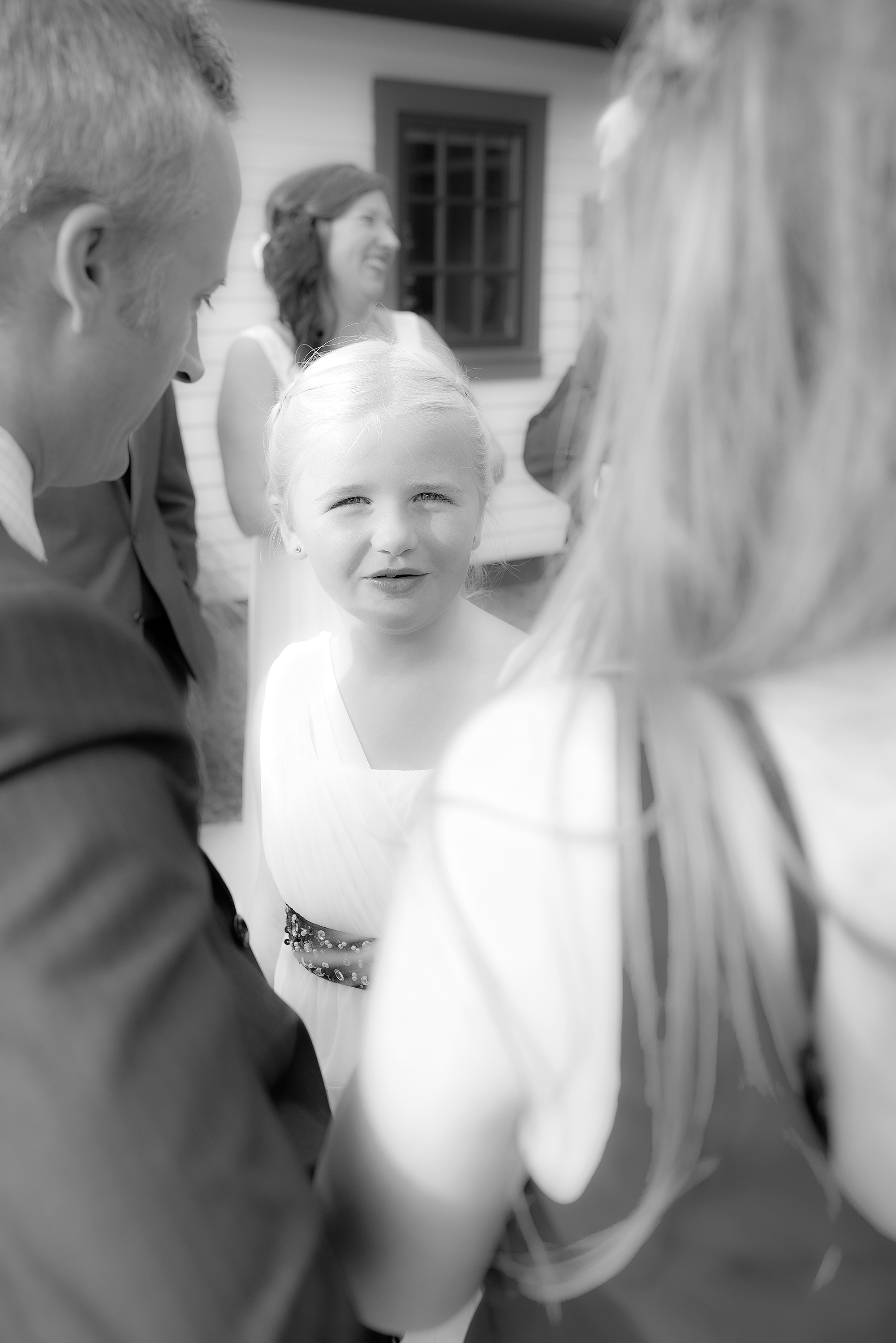 flower girl.reception(B&W)(WEB).jpg