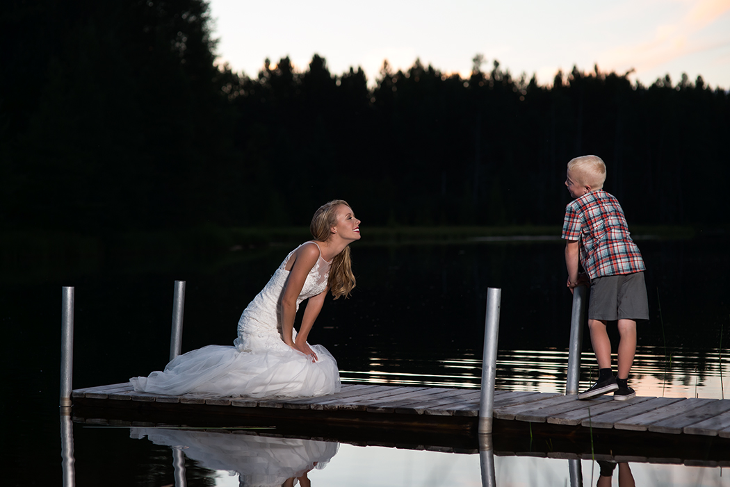 bride dock blond boy(WEB).jpg