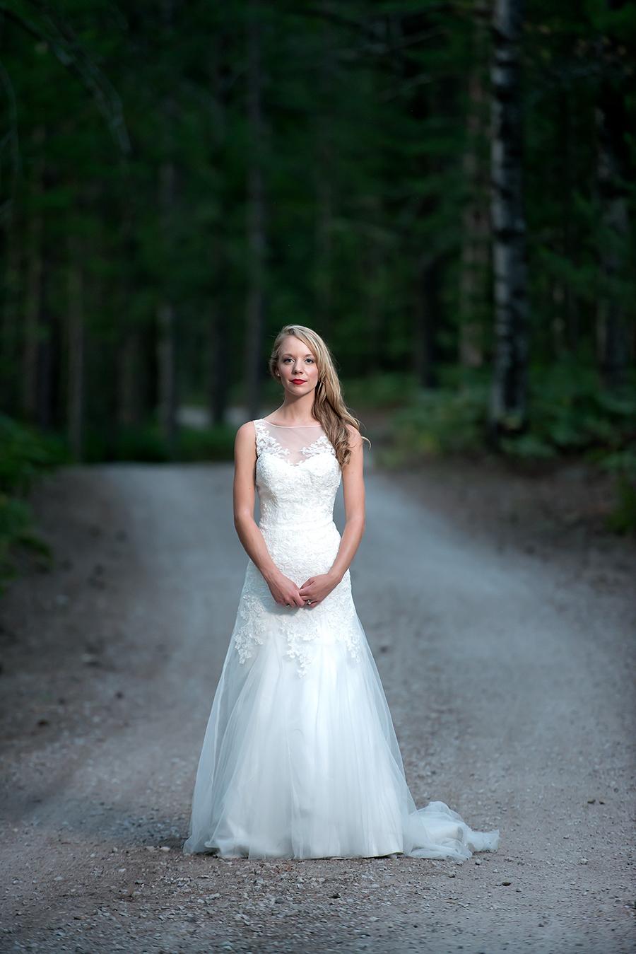 bride solo gravel(WEB).jpg