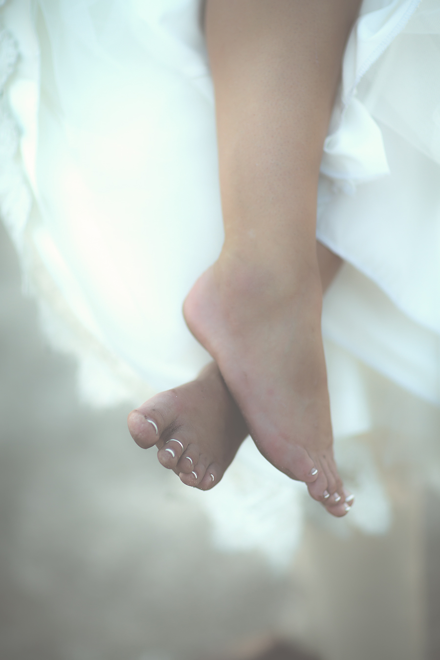 brides feet(WEB).jpg