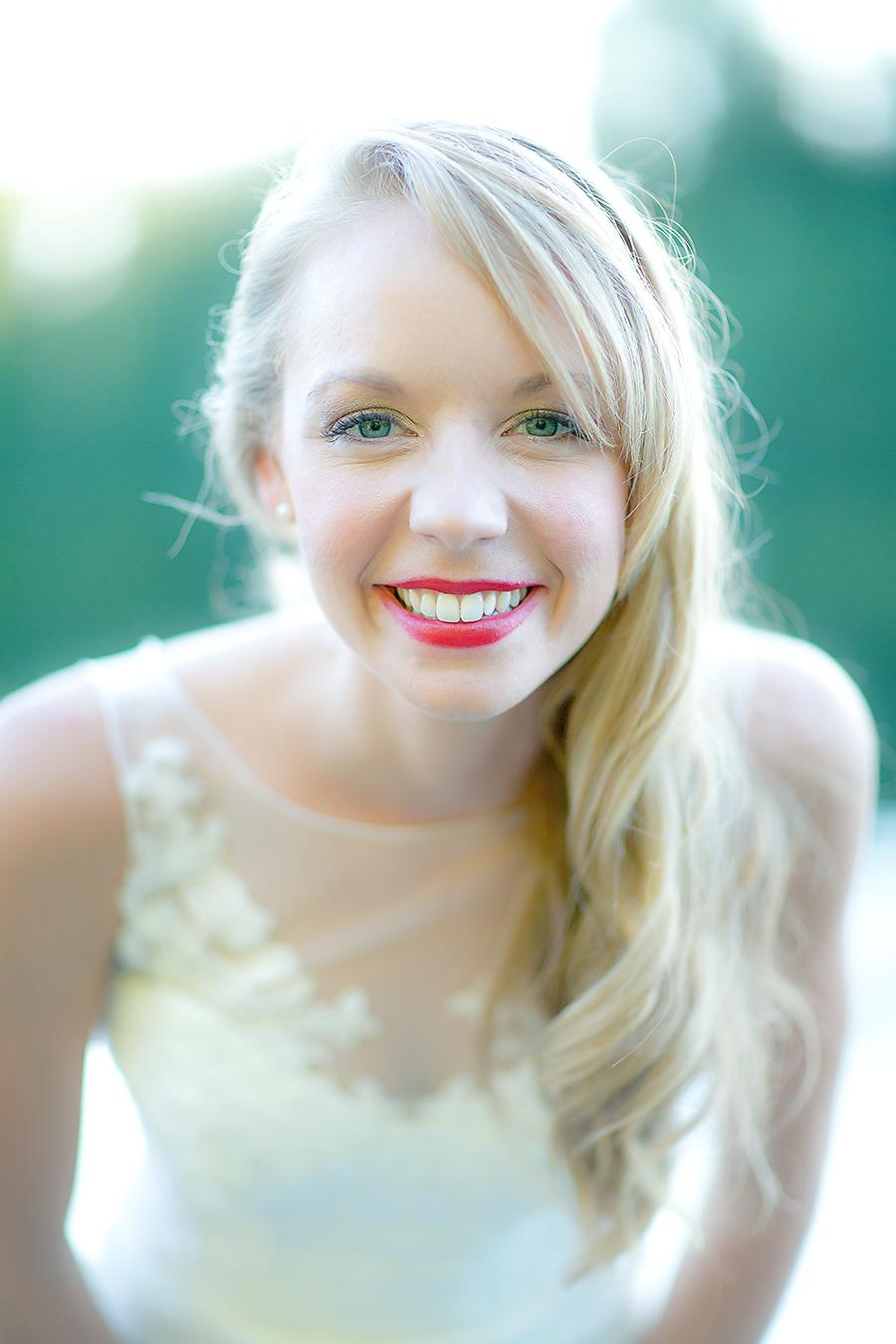 bride leans in(WEB).jpg