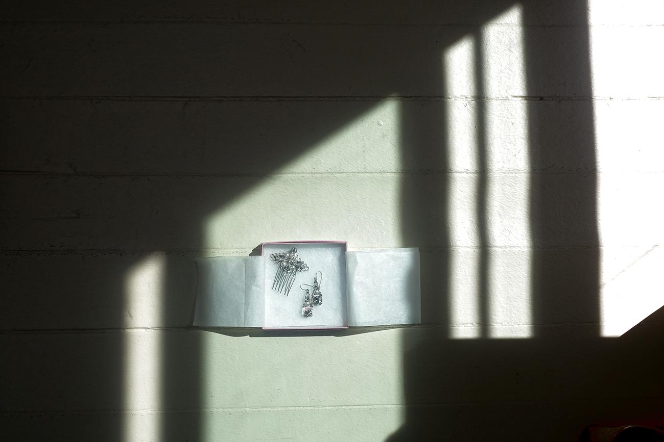 ear rings still shadow(WEB).jpg