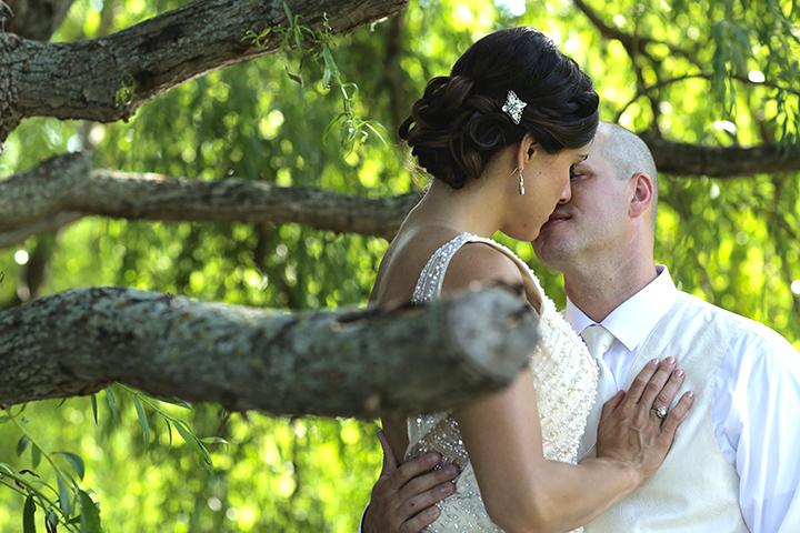 kiss willow2(WEB).jpg