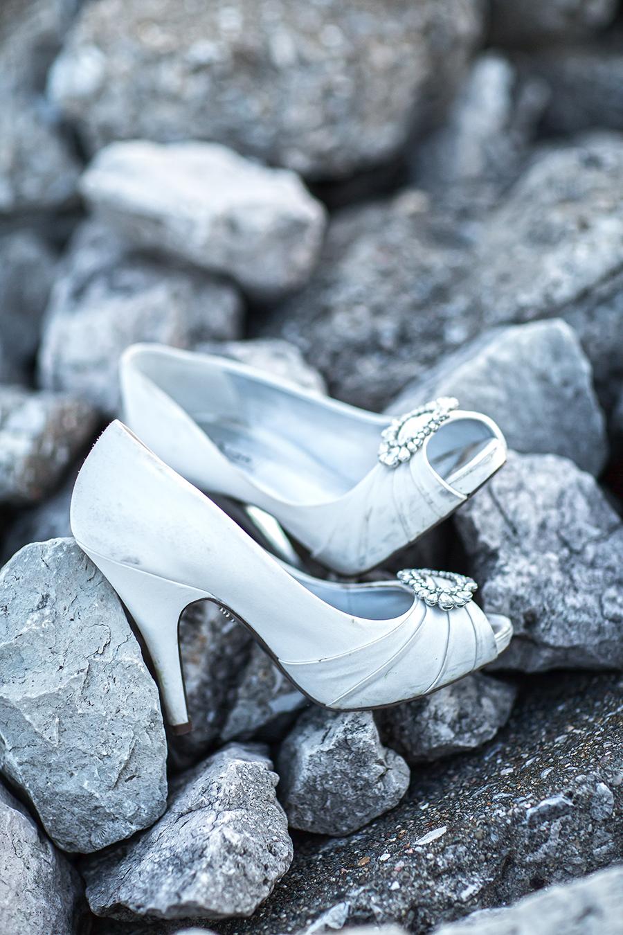 shoes rocks(WEB).jpg