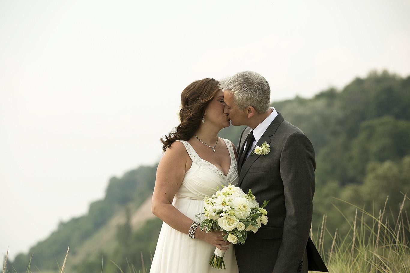 dune kiss#1(web).jpg