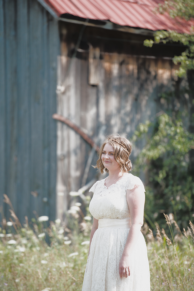 bride & barn(WEB).jpg