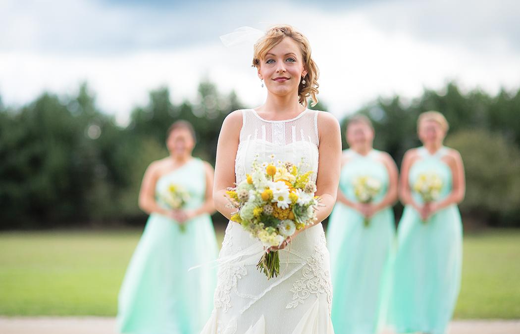 bride forefront maids #1(WEB).jpg