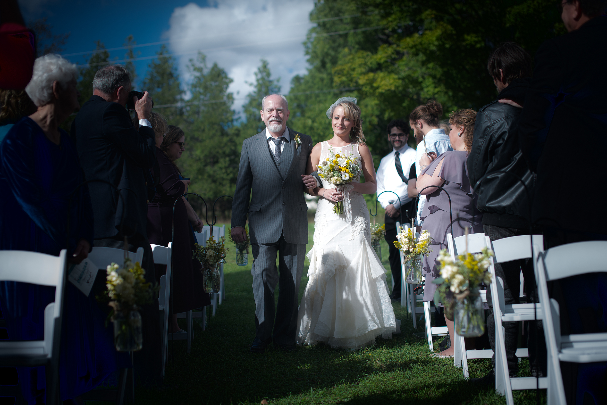 bride with father isle enter(WEB).jpg
