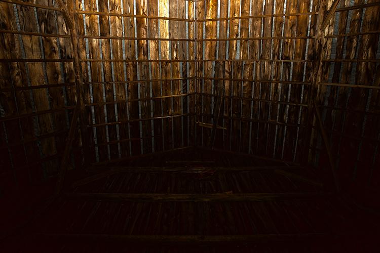 ceiling(WEB).jpg