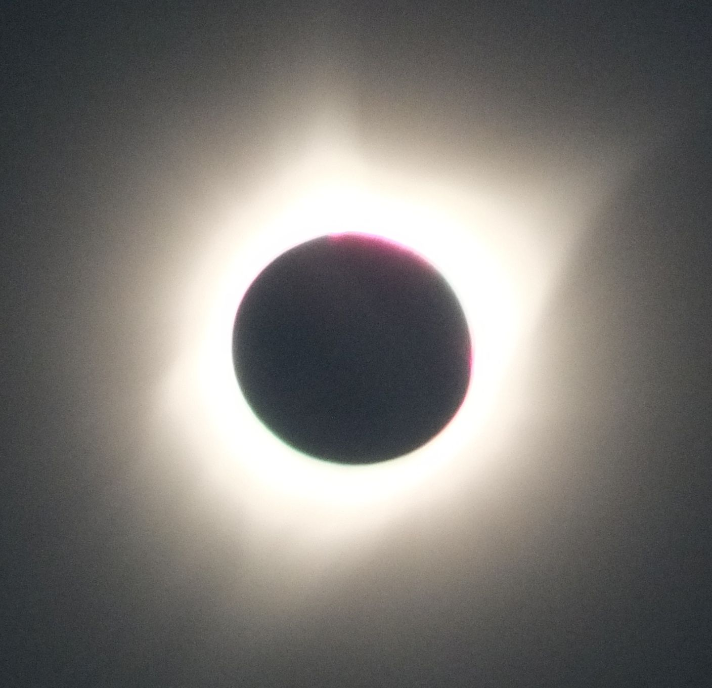 Full eclipse from Salem, Oregon - Photo by Michael Grimbergen