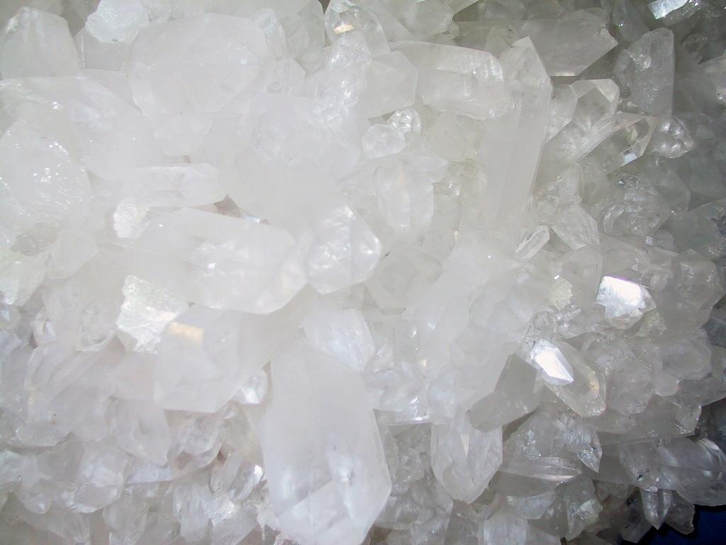 mineralen worden bereid tot homeopathisch middel