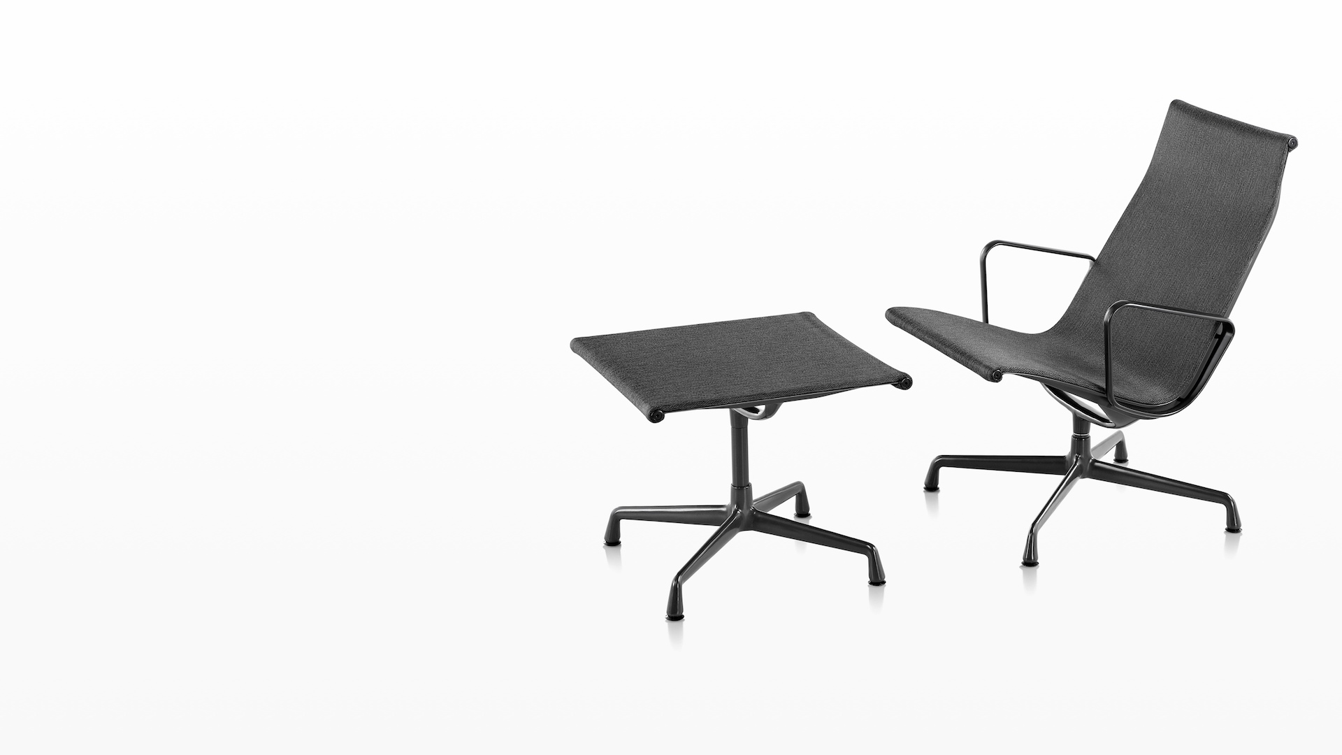 https://www.hermanmiller.com/products/seating/outdoor-seating/eames-aluminum-group-chairs-outdoor/