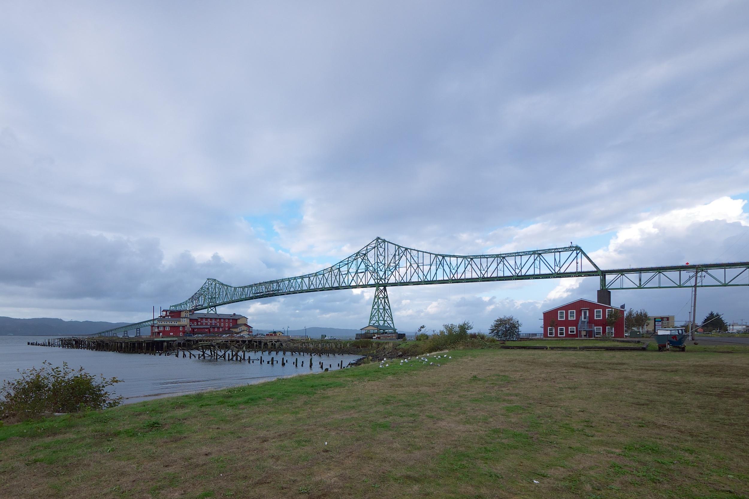 Oregon side of the Astoria-Megler bridge