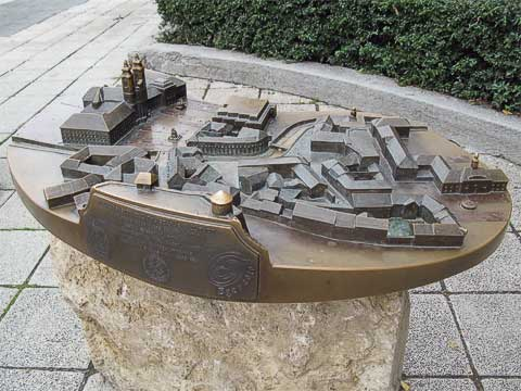 This relief shows most of the town center. Dobó Square is just next to the twin towers on the left, and the castle from which the previous picture was taken is at the bottom.