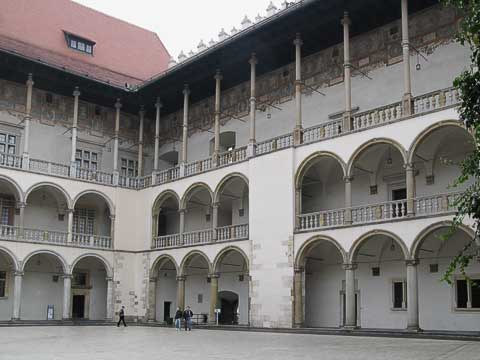 This inner courtyard was designed and built by young Florentines after the original castle burned down. One wing (behind me as I took the picture) served as the headquarters of Hans Frank, who was tried and executed in the Nürnberg trials. The wall on the right is actually a false wall, since that's actually an exterior wall. It was added for symmetry.