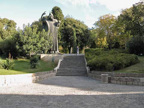 """Just off the """"Golden Gate"""" to the north (named because of its importance, not its material) is a statue of Bishop Gregory of Nin, a 10th century Croatian priest who tried to convince the Vatican to allow the use of Croatian during Mass. The statue is by Ivan Meštrović."""