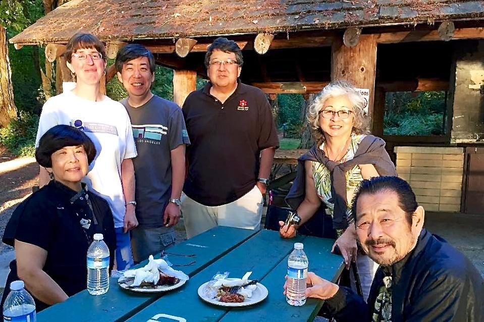 Linda, Melody, Frank, Robert, Alice, Gary (photo by Kathy Tashima)
