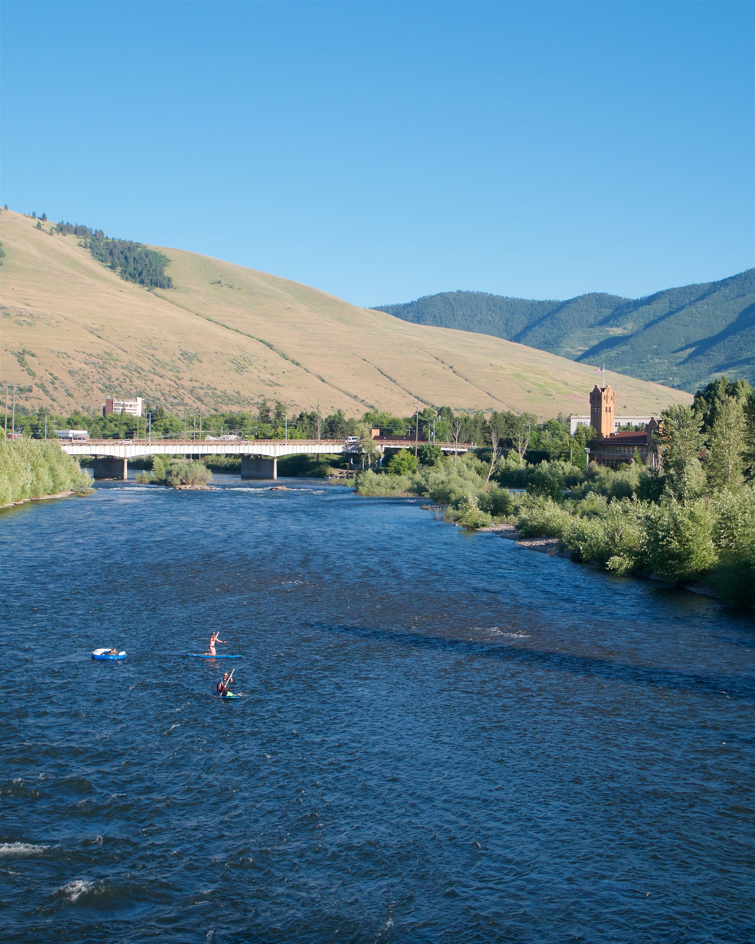 People enjoying the Clark Fork River