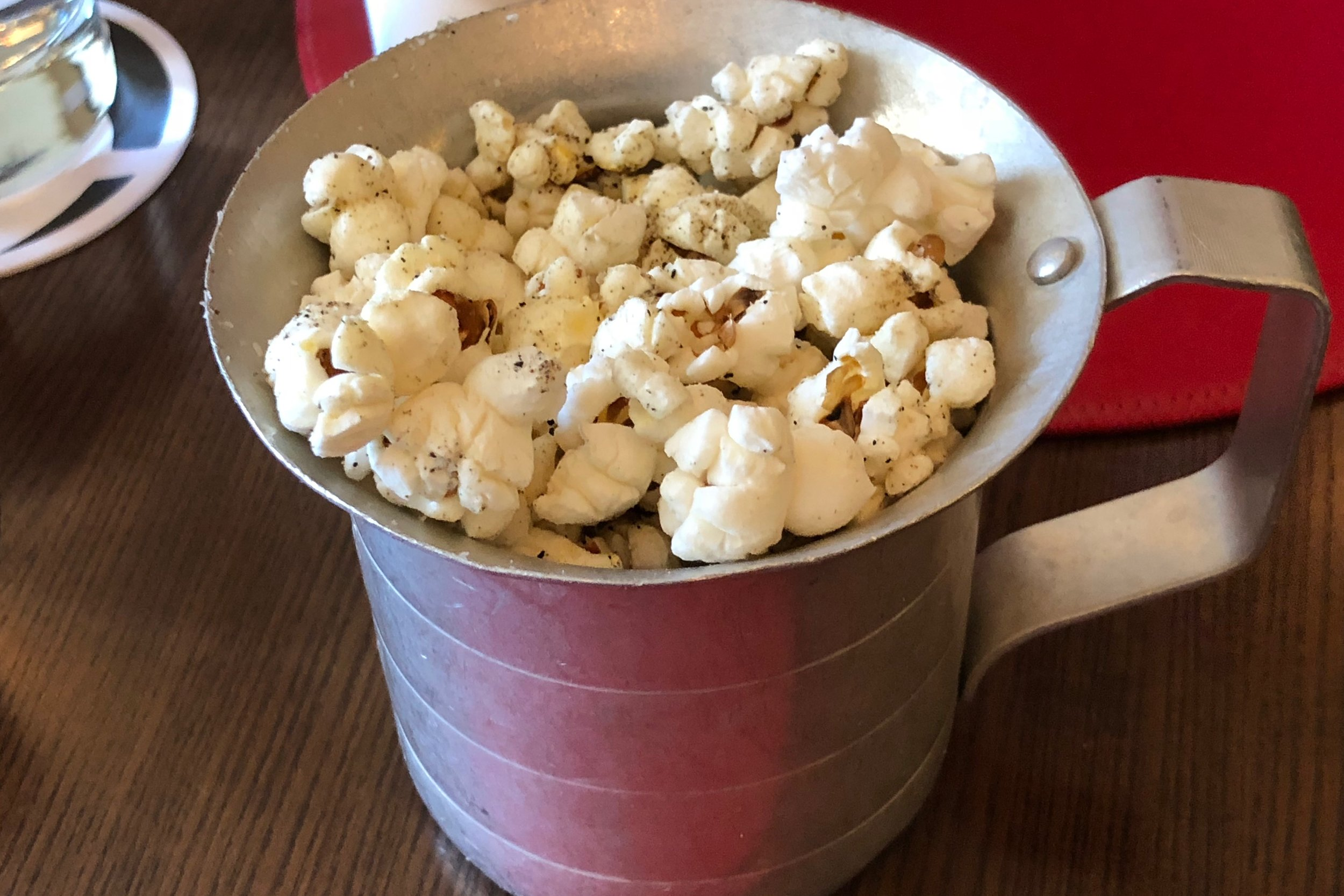 Garlic-pepper popcorn